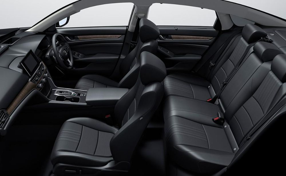 New Honda Accord Hybrid photo: Interior view image