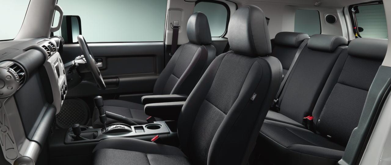 New Toyota FJ Cruiser Photo: Interior (inside) View