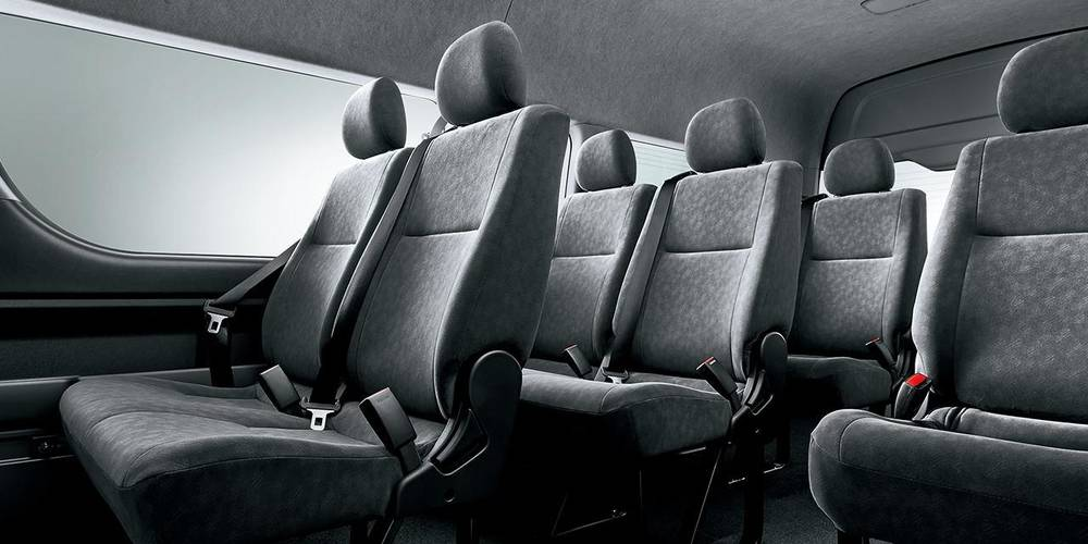 New Toyota Hiace Wagon and Grand Cabin photo : Interior view 2