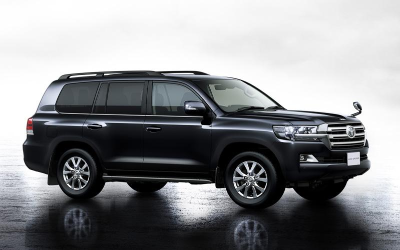 New Toyota Land Cruiser-200 photo: Front image (Front view picture) 2