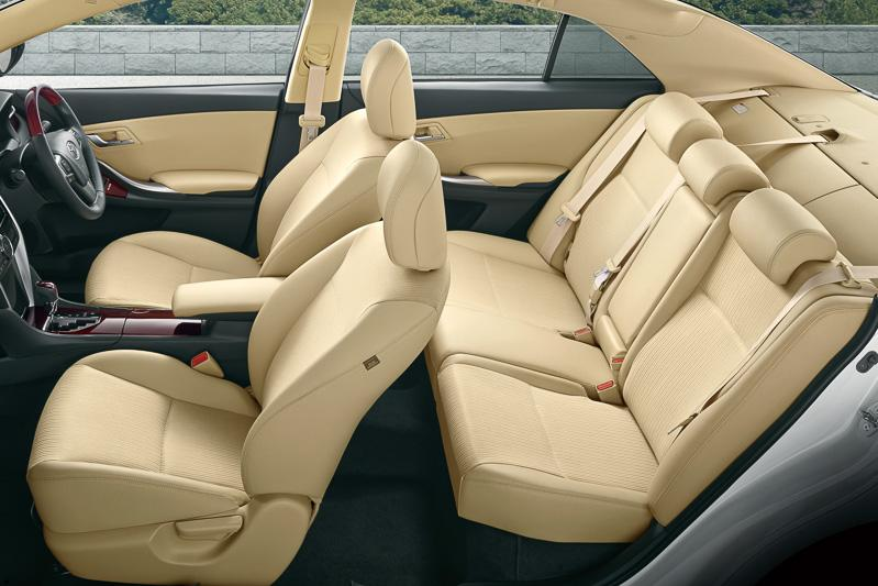New Toyota Allion photo: Interior image