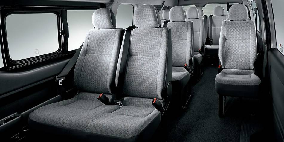 New Hiace Commuter picture: Interior image