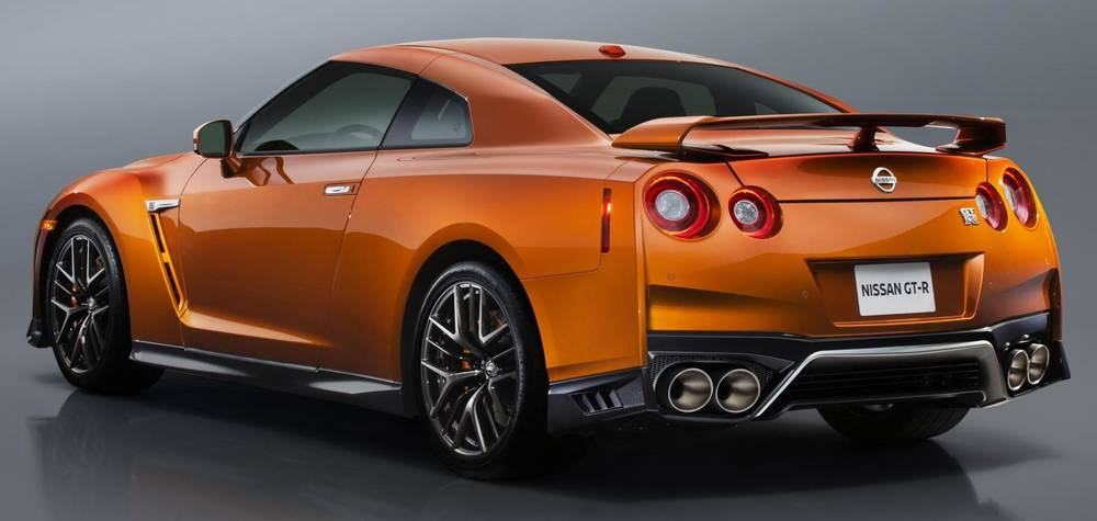 New Nissan GTR photo: Back (Rear) view