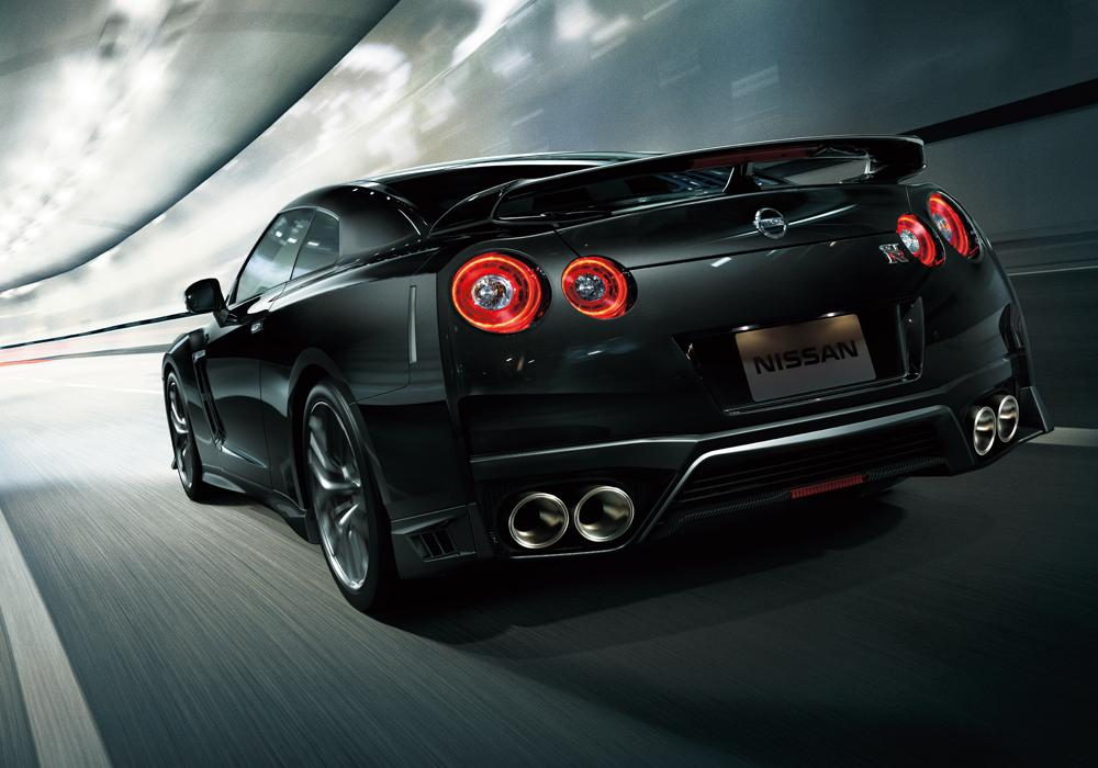 New Nissan GTR photo: Back (Rear) view 2