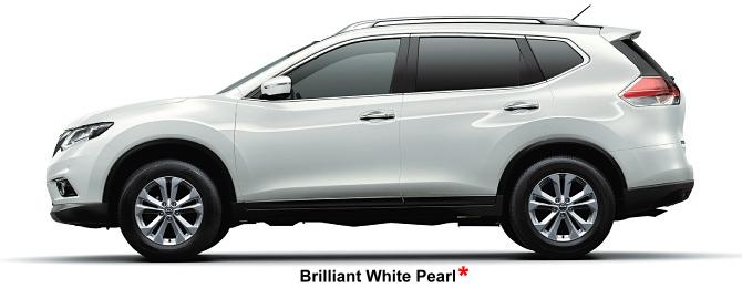 Nissan X-Trail body color: Brilliant White Pearl (option color +US$ 540)